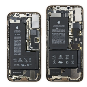 Thay pin iPhone X Chính hãng tại hà nội.