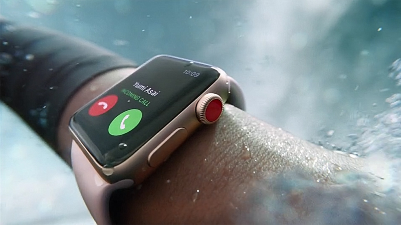 Đồng hồ Apple Watch 3 có gắn SIM - Apple Watch 3 chống nước tốt