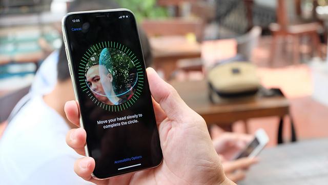 Face ID tạo nên đột phá trên điện thoại iPhone X